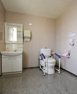 kurumaisu-toilet